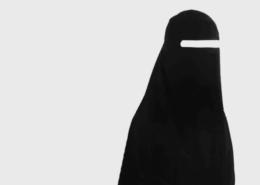 Da li je propisan hidžab crne boje?